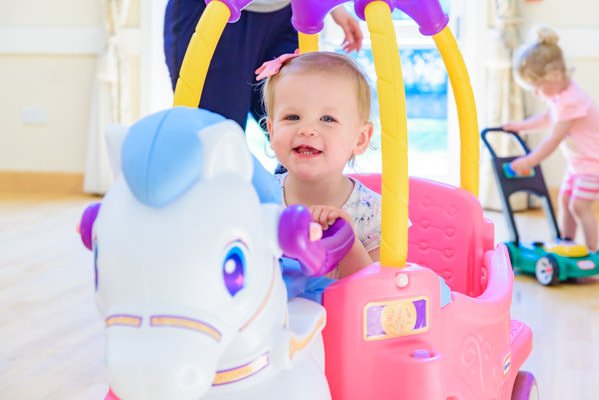 DBS approved Pre-school Photographer Alexandra Tandy Photography
